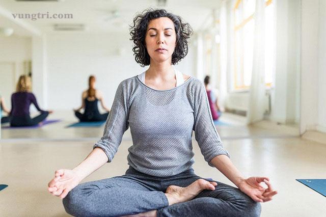 Các bài tập yoga phù hợp với những người mắc chứng trầm cảm 1